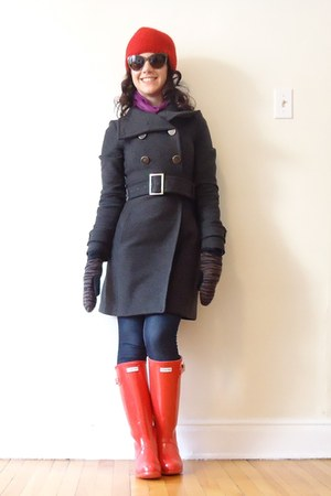 red Hunter Boots boots - gray talula babaton coat - navy Mavi Canada jeans