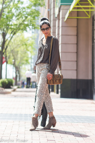 671f817cc8e58d dark green Celine jacket - tan sam edelman boots - gold Chanel bag