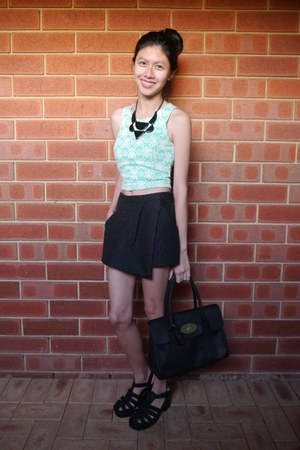 Mulberry bag - Showpony skirt - Lipstik sandals - Mooloola top - Lovisa necklace