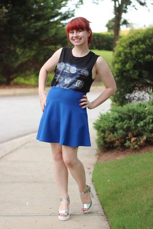 silver chunky heel Forever 21 heels - blue textured skater Forever 21 skirt