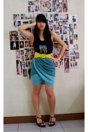 gimme tulip skirt. =)