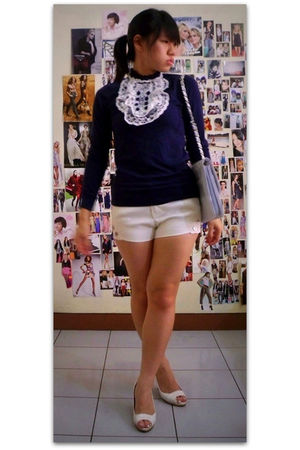 blue top - white shorts - white purse - white shoes