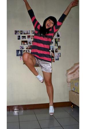 Kamiseta top - shorts - shoes
