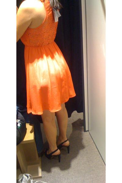 carrot orange Stradivarius dress