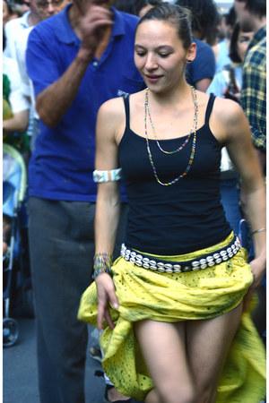 accessories - light yellow skirt - black top