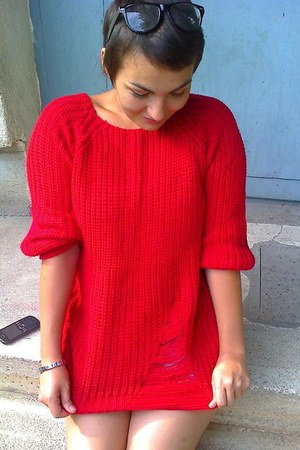 red romwe blouse - Zara shorts