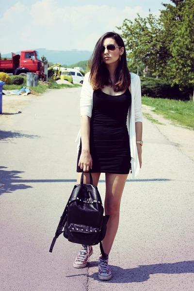 black new look dress