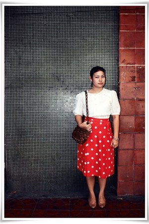 brown bag - beige Made in Japan heels - red polka dots really from my aunt skirt