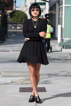 black Aritzia dress - oxfords Miista shoes - aviator ray-ban sunglasses
