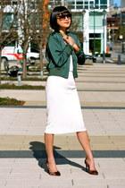 white midi Zara skirt - green Club Monaco jacket - boyfriend ray-ban sunglasses
