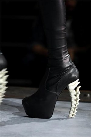 black Dsquared2 shoes