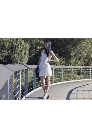 white lace Factorie dress