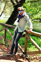 XAGON MAN jeans - Zara shirt - Oakley sunglasses
