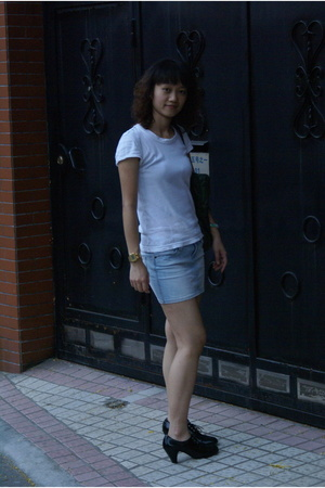 None brand t-shirt - ax skirt - Pito shoes