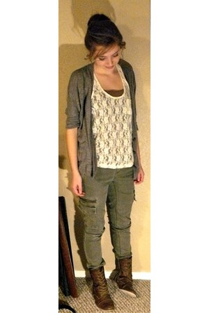 lace kirra top - boots unknown boots - skinny cargo unknown pants