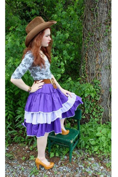 brown cowboy vintage hat - amethyst ruffled vintage skirt - mustard vintage pump