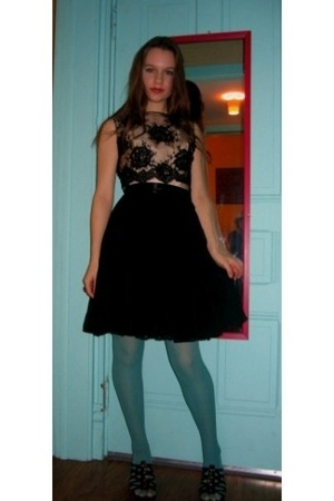 Miss Ruths Time Bomb dress - kohls tights - thrfited shoes
