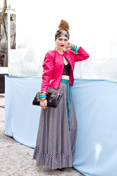 hot pink Miss Ruths Time Bomb jacket - black leather clutch vintage purse - blac