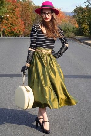 green shimmery vintage skirt - black thrifted shoes - pink vintage hat