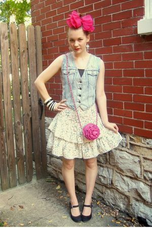 blue vintage vest - white vintage skirt - brown thrifted shoes - pink purse - pi