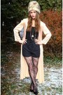 Peach-vintage-cardigan-black-shorts-black-betsey-johnson-tights-black-fore