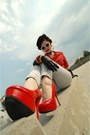 Blue-vintage-jeans-black-vintage-hat-red-charlotte-russe-heels