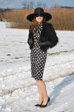 fur Mango coat - Zara heels