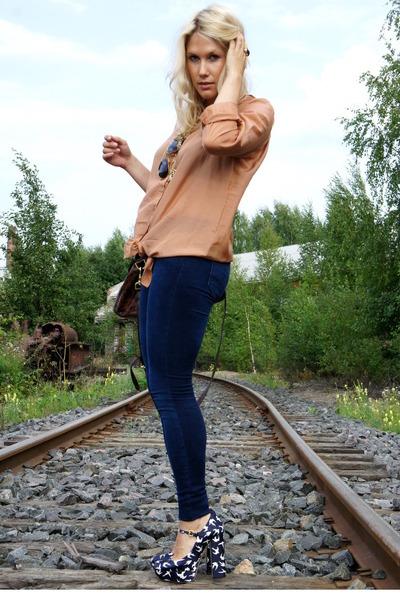 beige JC shirt - blue Miu Miu shoes - brown Mulberry purse