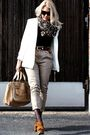 Brown-miu-miu-shoes-beige-chloe-accessories-beige-jc-pants-white-2ndhand-b
