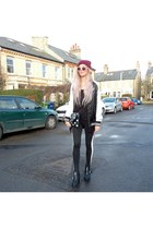 black new look bag - nude Topshop sunglasses