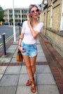 Bronze-parfois-bag-blue-primark-shorts-brown-zara-sandals