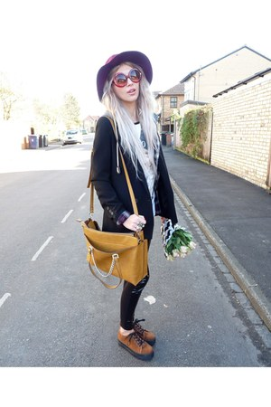 black Topshop leggings - crimson Stradivarius hat - black Primark blazer
