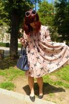 light pink odd molly dress - navy Carpisa purse - light pink Primark sunglasses