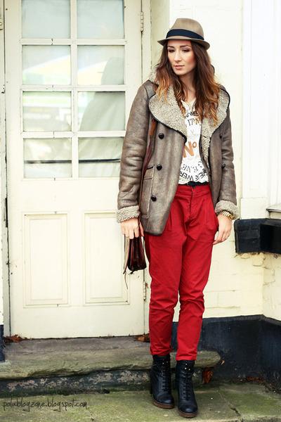 Bertie boots - Topshop coat - reserved hat - Zara pants - Zara t-shirt