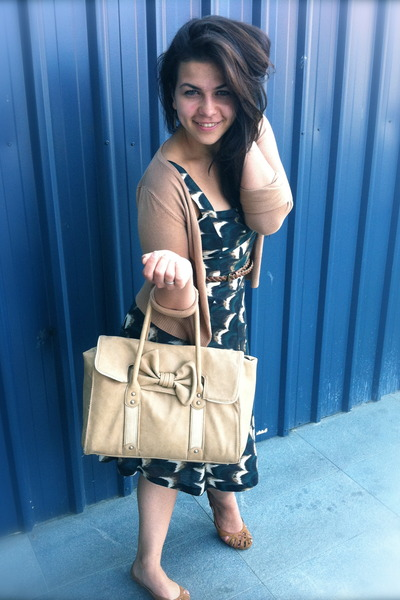Forest Green Mango Dresses, Nude Forever New Bags, Bronze