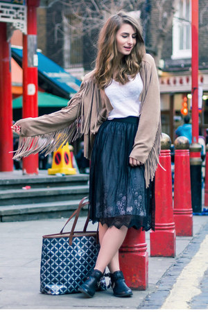 H&M skirt - Online Avenue boots - Lands End bag - H&M t-shirt