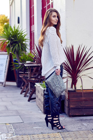 Mango sweater - Zara bag - Zara pants - H by Henry Holland sandals