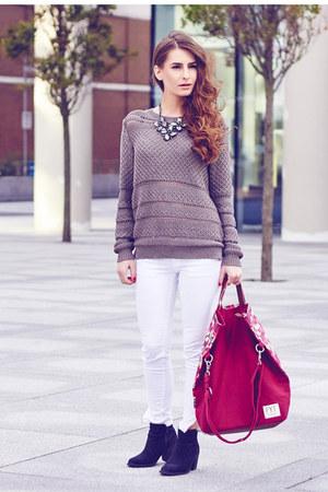 Mango jeans - H&M boots - FYT&Co bag - Oasis necklace - Mango jumper