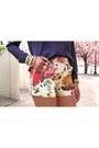 Vintage-willis-coach-bag-floral-print-ted-baker-shorts-zara-heels