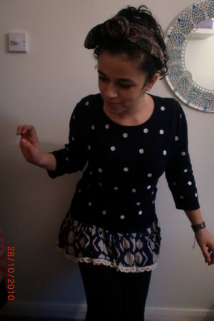 black Primark jumper - blue my friend gave it to me skirt - black new look leggi
