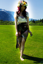 dark brown hi-lo galaxy romwe skirt - cream chiffon vintage blouse