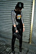 leatherette BLANCO hat - sequins jacket - Metallica shirt - zippers Claires bag