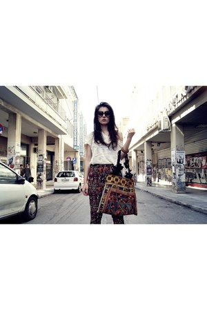 bazzar bag - shop greece boots - Stradivarius blouse - Zara pants