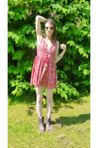 BESSON boots - pink flowery H&M dress - Accessorize sunglasses