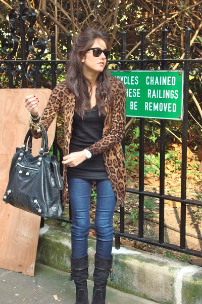 Gucci boots - Ralph Lauren jeans - balenciaga bag - Dolce & Gabbana cardigan