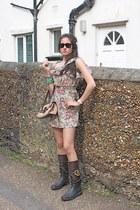 Dolce & Gabbana boots - Tods bag - rayban sunglasses - D&G romper