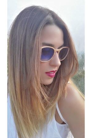 black Sulubans bag - brown Sulubans sunglasses
