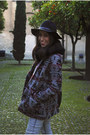 Heather-gray-springfield-coat-light-blue-pull-bear-jeans-black-h-m-hat