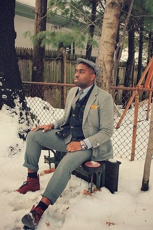 ruby red wingtip Urban Outfitters boots - gold pocket square thrifted tie
