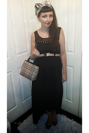 tan Burberry bag - black Shout dress - tan Burberry belt